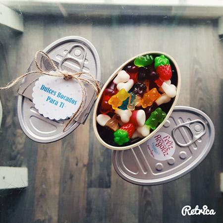 Feliz como un regaliz | latas de chuches perfectas para regalo